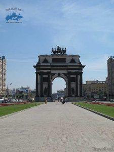 arco del triunfo tour gratis rusia