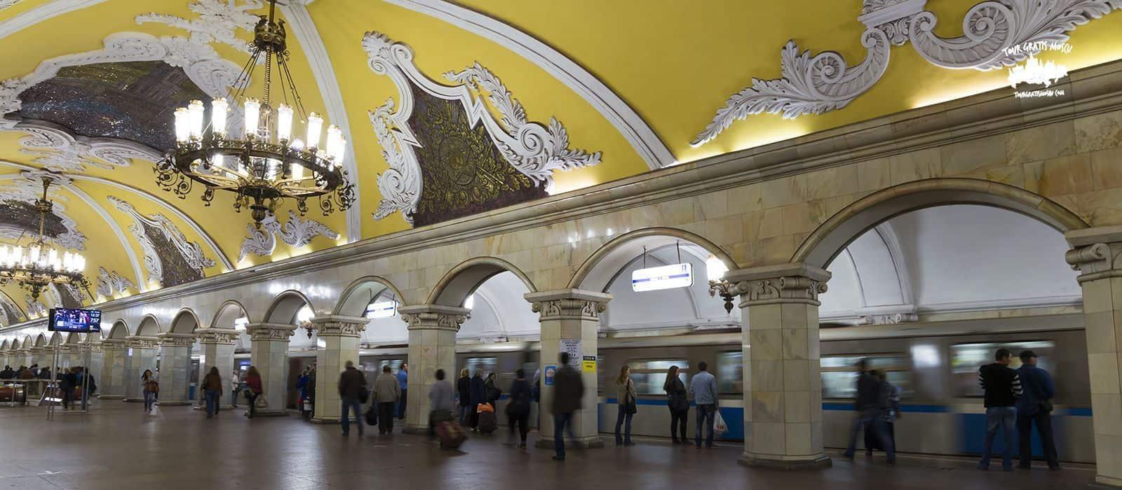 Tour en el Metro de Moscú