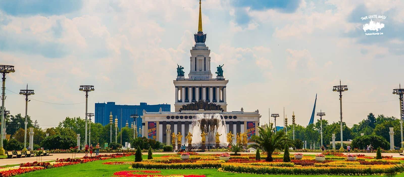 Tour Soviético en Moscú